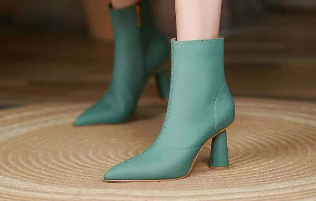 የሴቶች ጫማ  Women's Shoes
