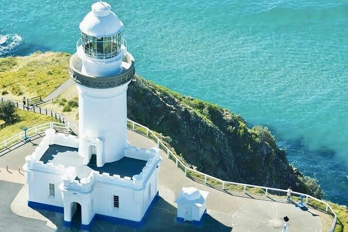 Byron Bay Swimming Trip deposit - Shared accommodation option