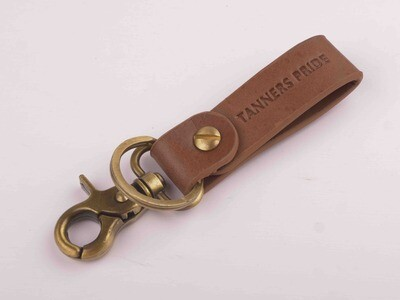 Keychain Out Back (Brown)