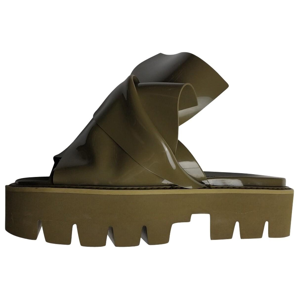 N°21#Kartell Sandals