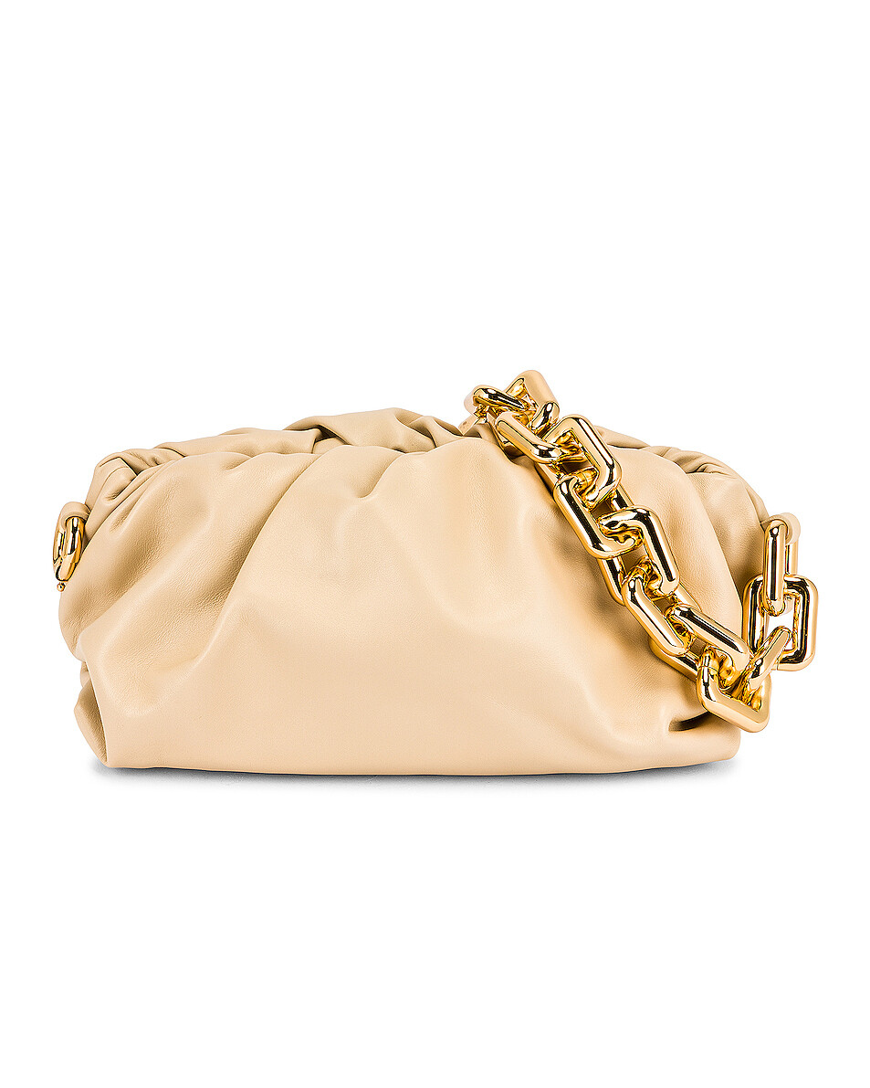 Bottega Veneta CHAIN POUCH LEATHER BAG
