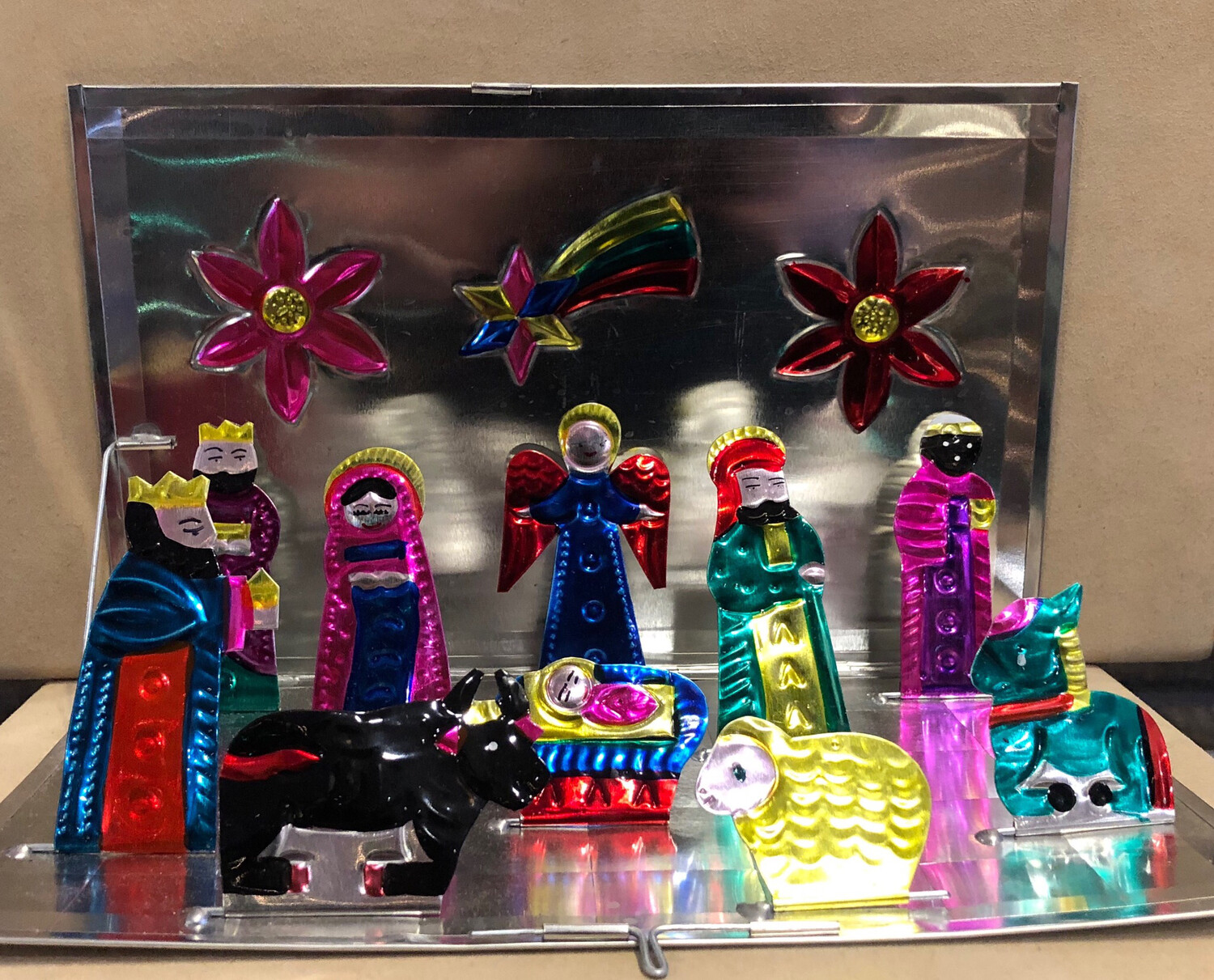 Mexican Painted Tin Nativity - Pop Up