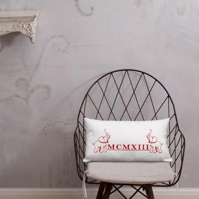 ROMAN ELEPHANT Premium Pillow