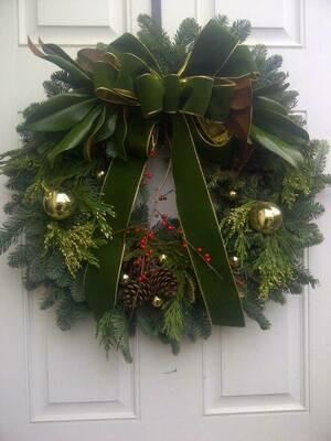 Decorated Wreath - 12