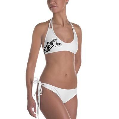 Valkoiset bikinit - kukkakuviointi