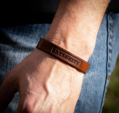 INTEGRITY - Thin Leather Bracelet, Patriot Collection