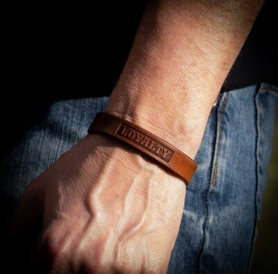 LOYALTY - Thin Leather Bracelet, Patriot Collection