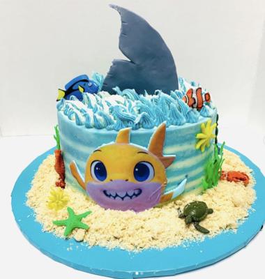 """""""Babbbyy Shark!"""" Kids Cake"""