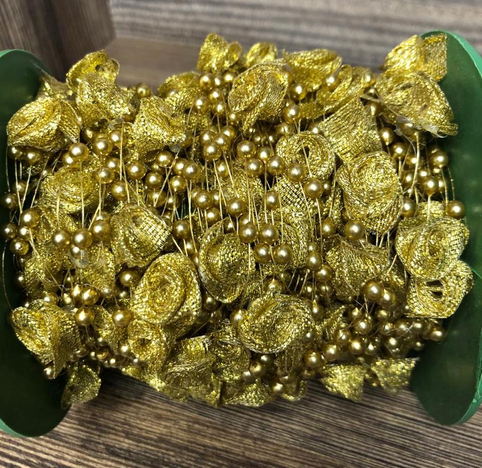 Розы на леске (Золото)(1метр)
