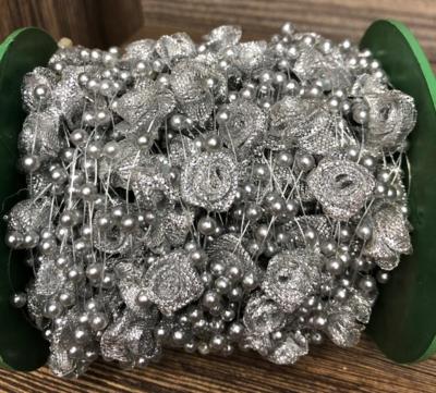 Розы на леске (Серебро)(1метр)