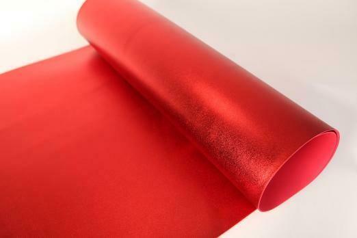 Фоамиран Металлик. толщина 2мм, 60x70см. Красный