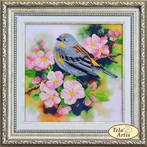 Птичка на ветке абрикоса, 19х19см.