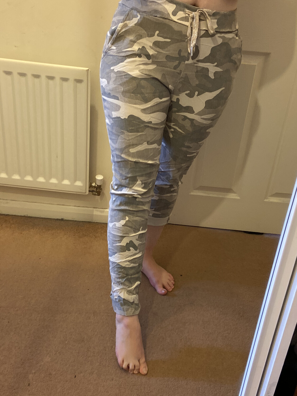 Clarissa Camouflage Magic Pants