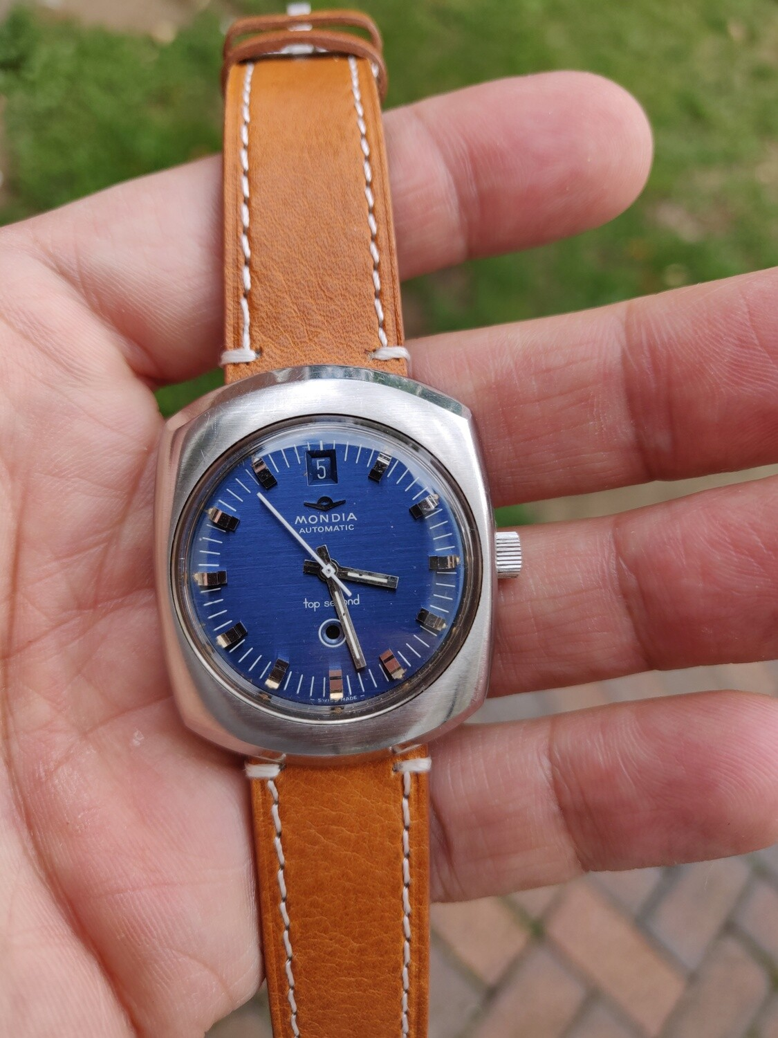 1970's MONDIA Top Second Automatic Vintage Watch