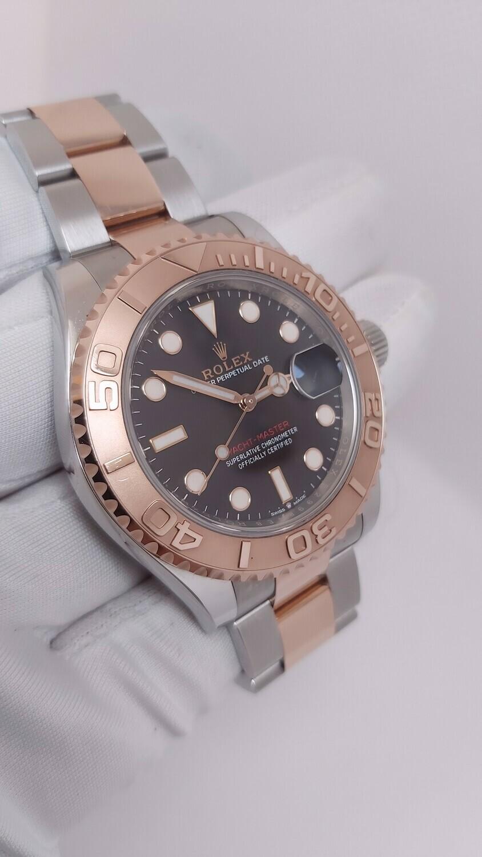 Yacht-Master 40 126621 - Black Dial - 18k Rose Gold & Stainless Steel