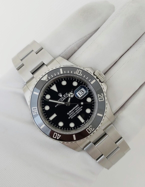 Rolex Submariner 126610LN - 2021 - Unworn