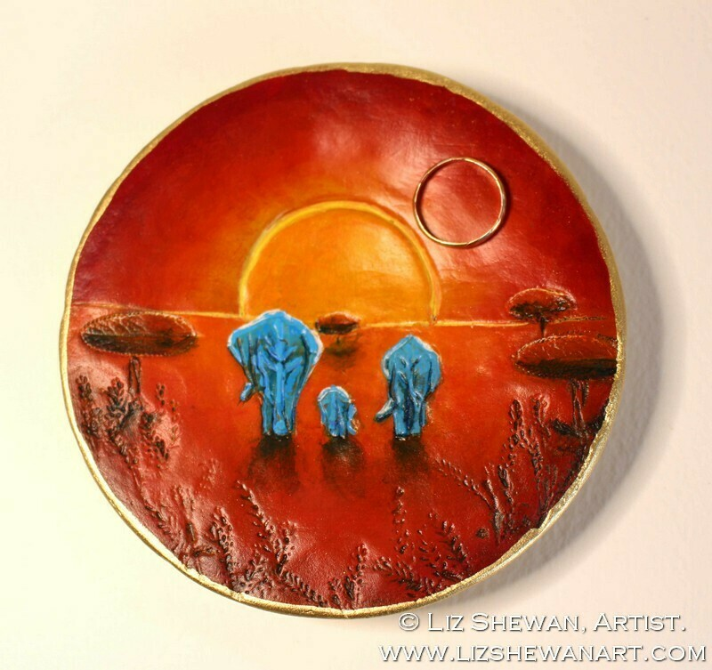 Family of Elephants Trinket Dish | Miniature Painting