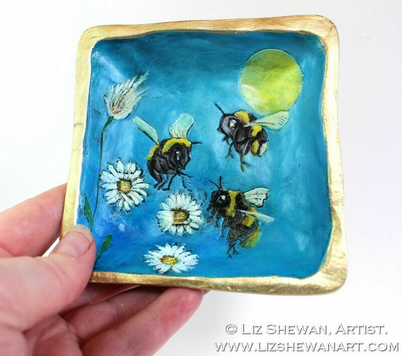 Bumble Bee Square Trinket Dish | Miniature Painting