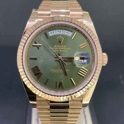 Rolex Day-Date 40MM 18K Rose Gold Roman Green Dial Novelty B&P2021 Unworn.