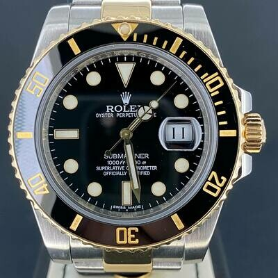 Rolex Submariner Date 40MM Steel/Gold Black Dial B&P2011 Mint Condition