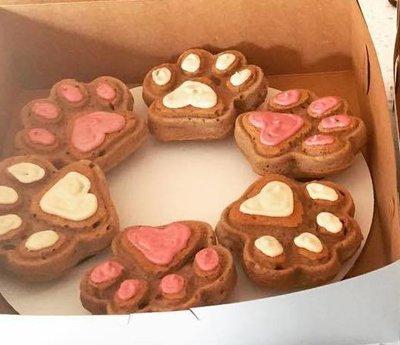 Paw-cakes