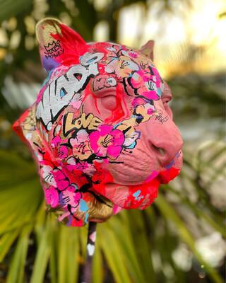 PUMA Pink - Unique Figure Art VLADI