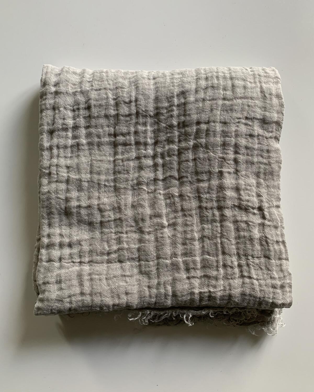 Washed Linen Stole 120x120cm