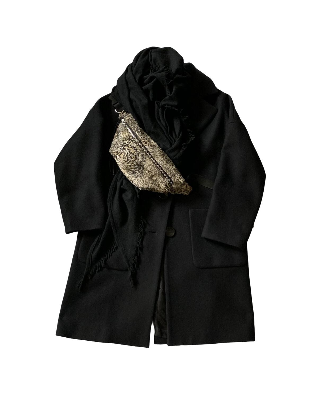 "QBISM Fanny pack / Fake Fur ""Snow Léopard"""