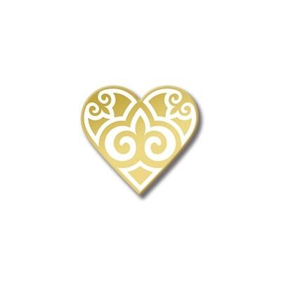 Значок с Казахским орнаментом «Сердце» Золотой