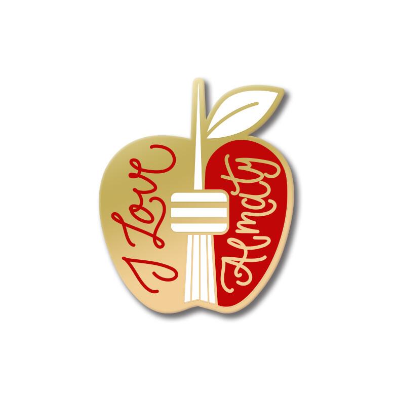 Значок в форме яблока «I Love Almaty» золото