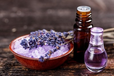 Aromatherapy/Essential Oil Therapy