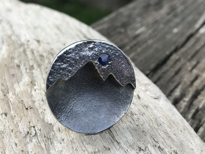 Blue Sapphire mountain ring