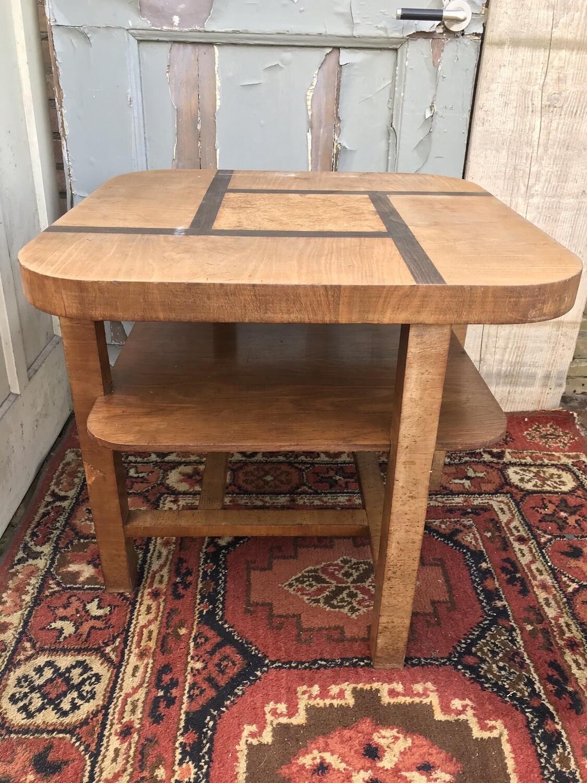Bijzonder tafeltje