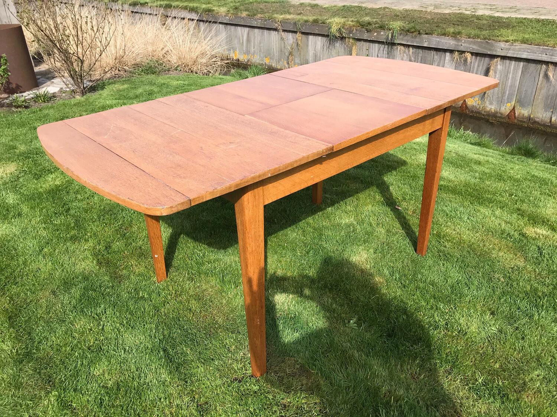 Uitschuifbare tafel