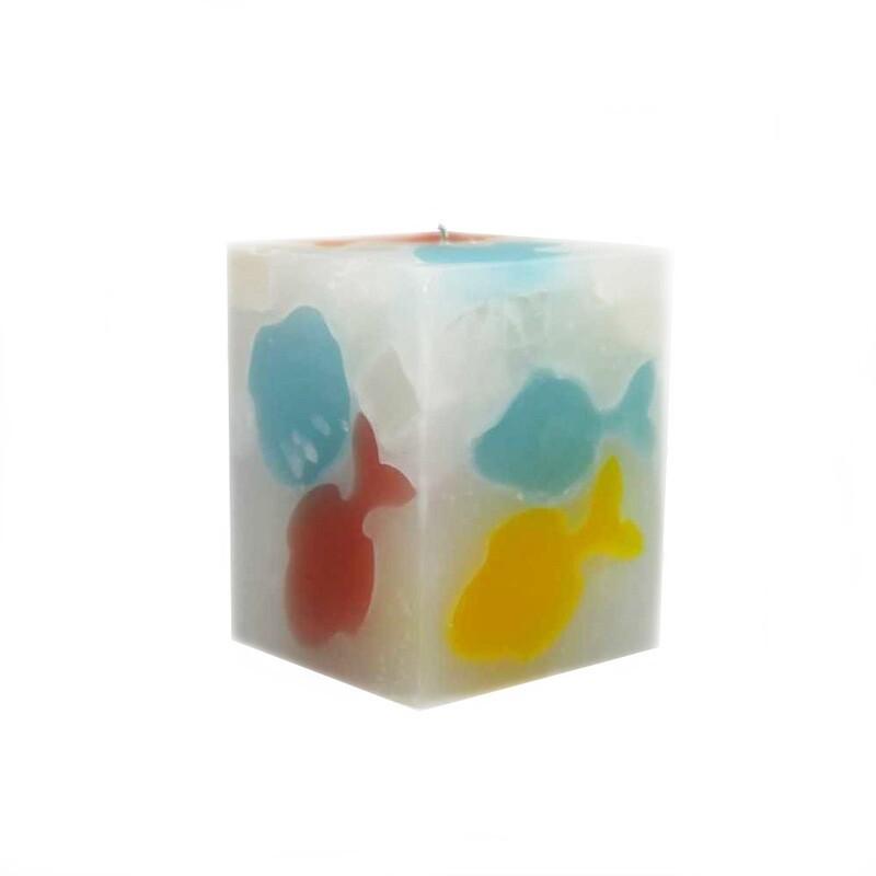 Lumanare decorativa Cub cu Pesti, parfumata, multicolor