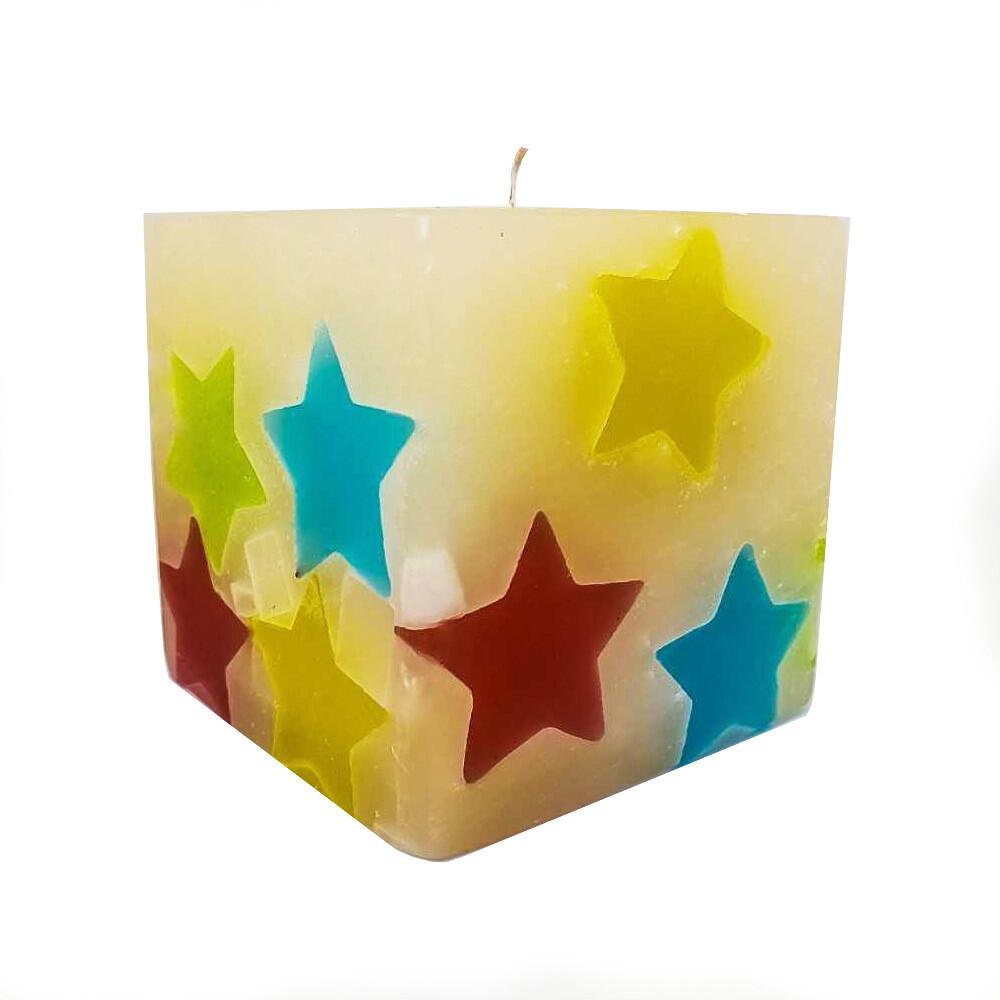 Lumanare decorativa Cub Noapte buna, parfumata, multicolor