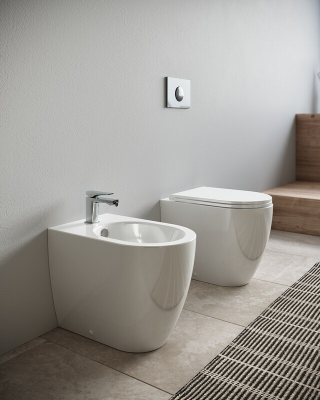 HIDRA - TOUR SET VASO S/BRIDA C/COPRIVASO SLIM SOFT CLOSE + BIDET A TERRA