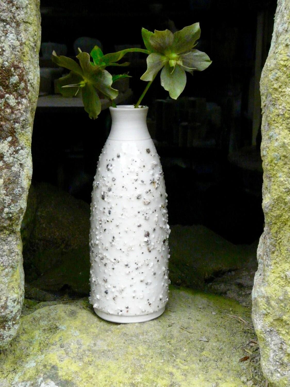 Granite series porcelain bottle/vase (medium)