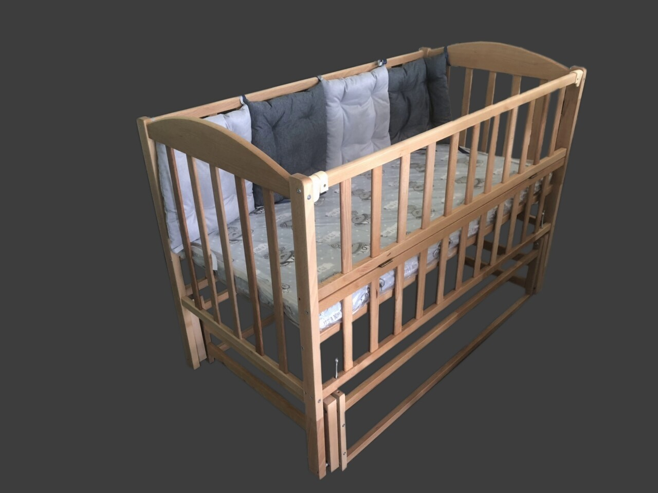 """Детская кроватка """"Юлия"""""""
