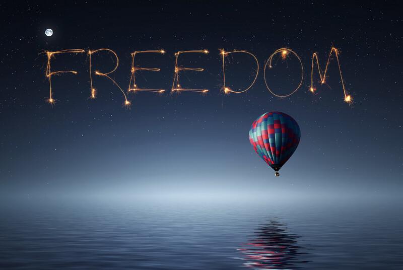 FREE SPARKLER WORD FREEDOM - Sparkler Word OVERLAY