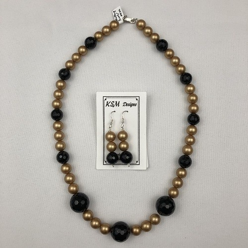 Mother Of Pearl & Onyx Necklace & Earring Set