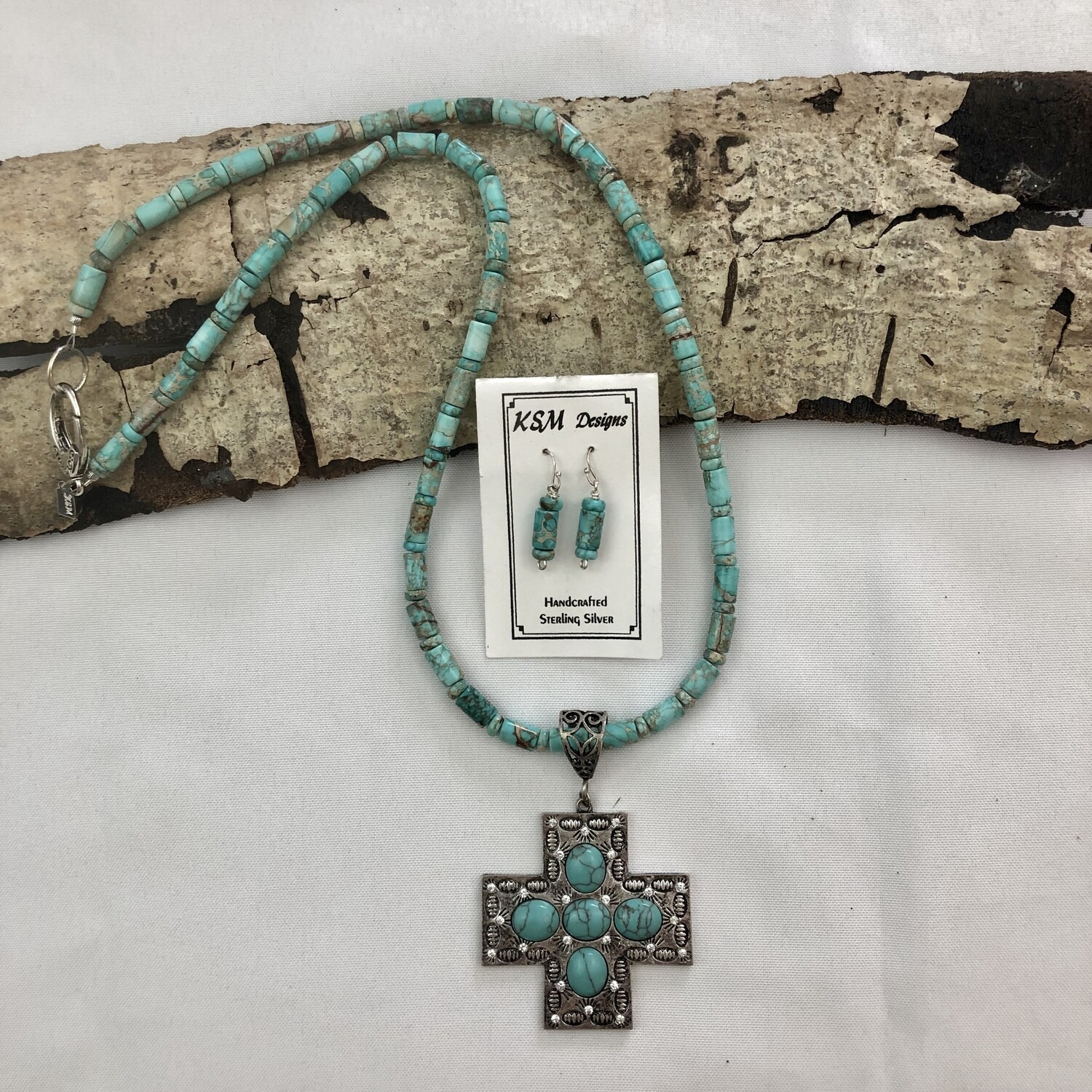 Turquoise (Flux) & Pewter Necklace & Earring et