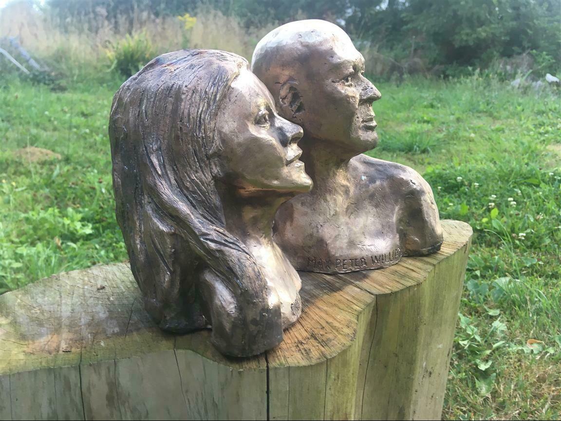 Commited teacher couple - Bronze