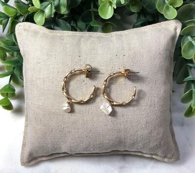 Chain Hoop Pearl Drop Earrings Gold