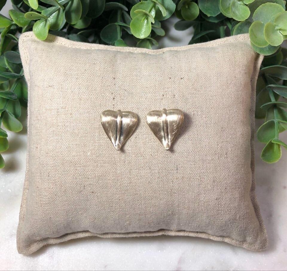 Earrings 9042EG