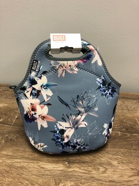 Gourmet Getaway Lunch Tote Lily