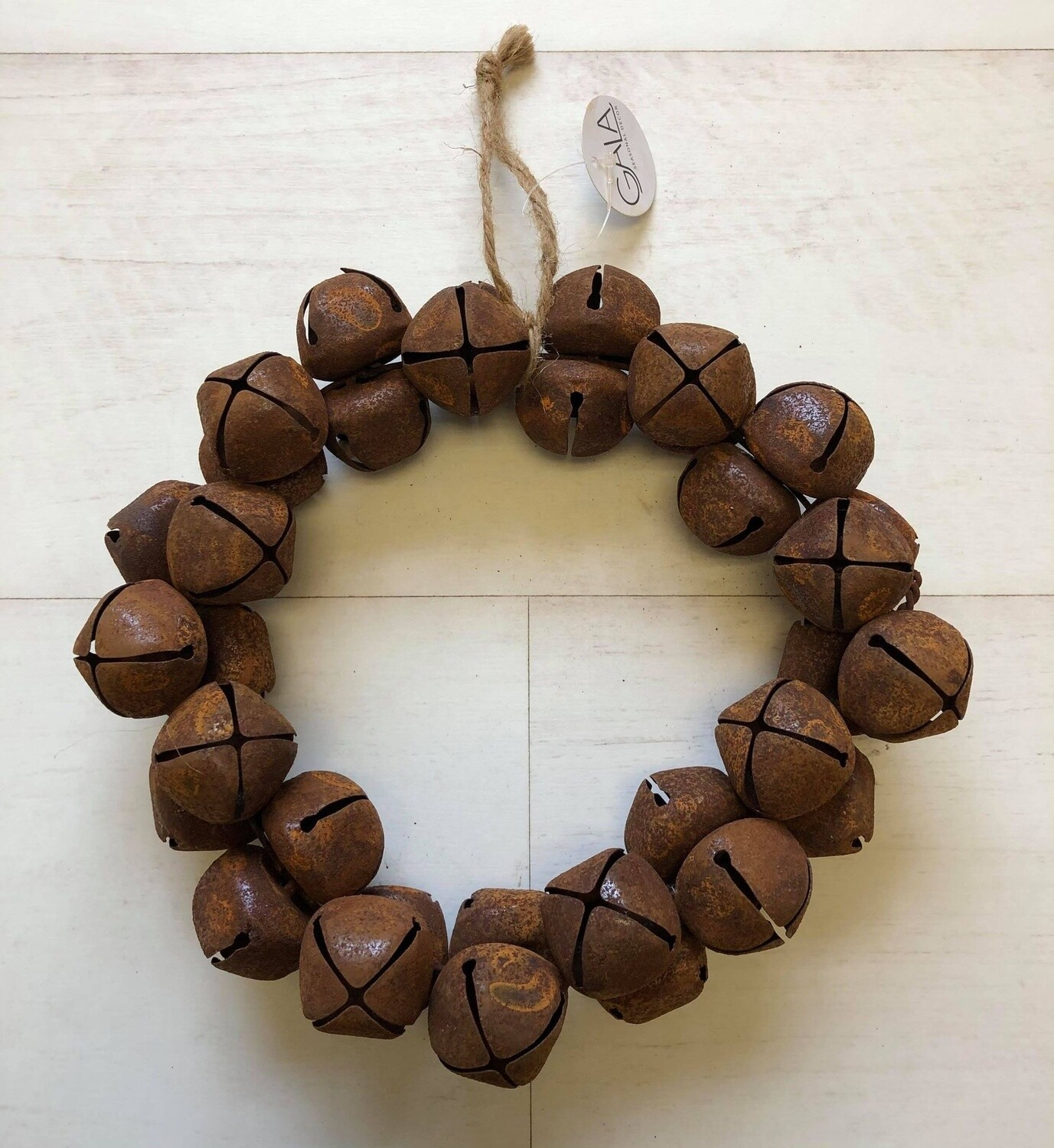 Rusty Nut Bell Wreath 24cm