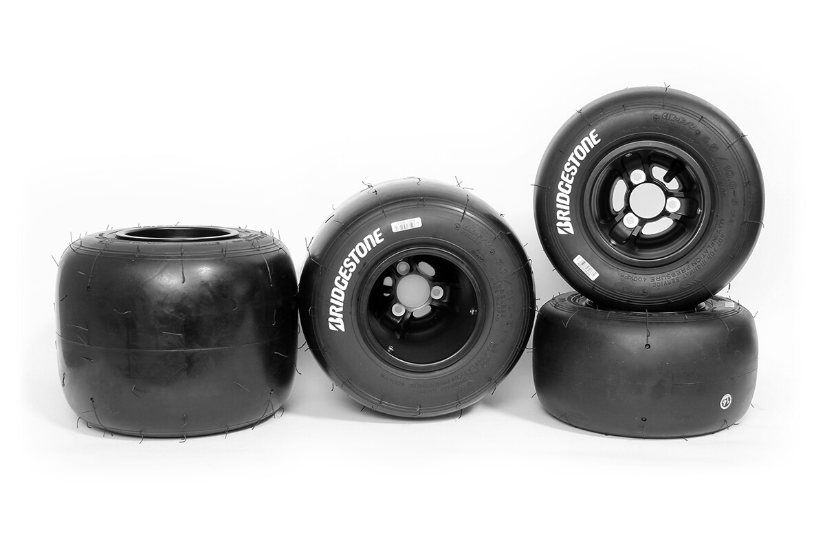 Set Bridgestone YLR ROK