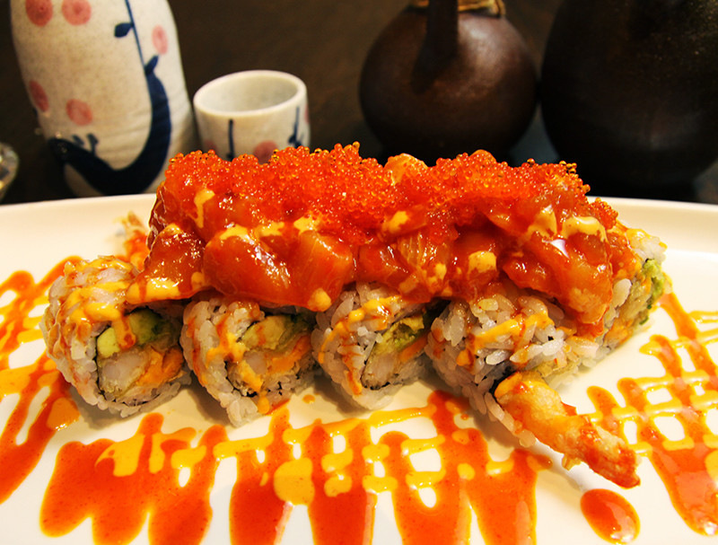 Hot Night Roll (8 pcs)