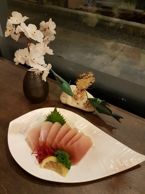 Tuna Sashimi (Full)